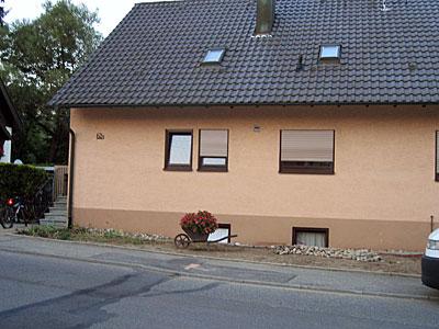 Stuckateur Pfitzenmaier - Fassadensanierung - Farbgestaltung 1 vorher