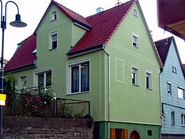 Stuckateur Pfitzenmaier - Fassadensanierung - Farbgestaltung 3 Gesamtansicht