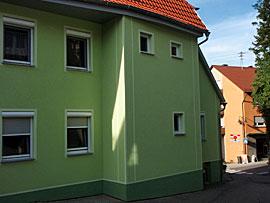 Stuckateur Pfitzenmaier - Fassadensanierung - Farbgestaltung 3 Seitenansicht